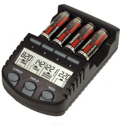 difox-battery-chargers-universal-bc700-1.jpg